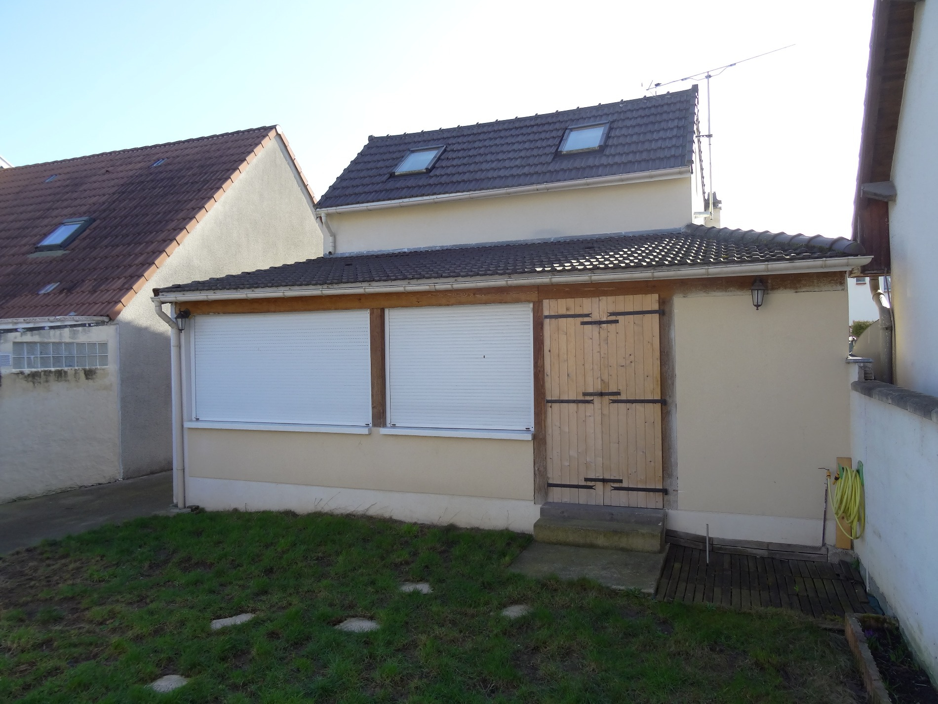 Vente garges secteur carnot for Garage stains 93240